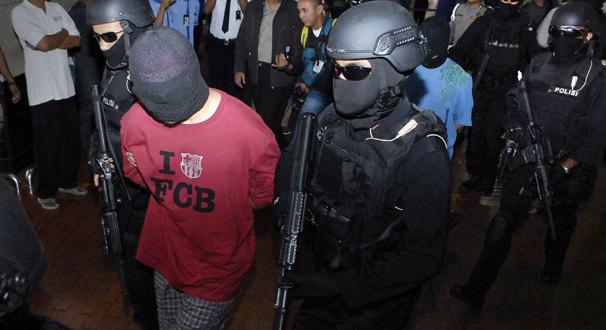 IŞİD operasyonunda 4 Türk gözaltında